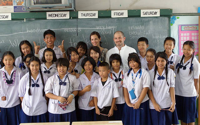 Gap Year Volunteers in Asia